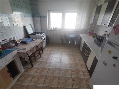 Vanzare apartament 4 camere decomandat Tineretului-Vacaresti