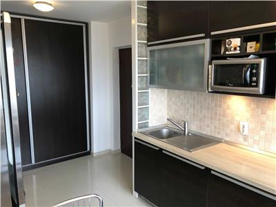 Inchiriere apartament 3 camere Parc Crangasi cu loc de parcare