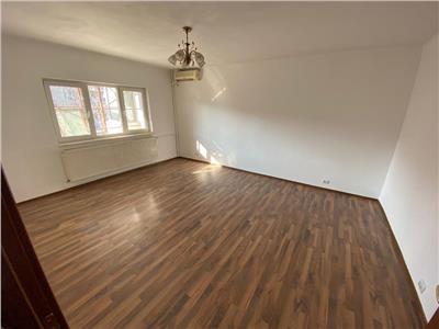 Apartament 4 camere de vanzare zona 13 Septembrie, Drumul Sarii