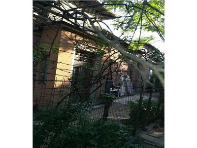 Vanzare casa boiereasca, 100 mp ,zona Matei Basarab