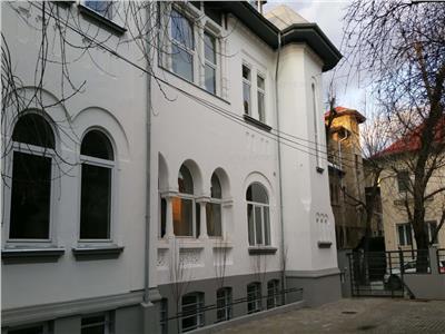 Vila 850 mp DOROBANTI -CAPITALE -PRETABILA OFFICE/CLINICA/SCOALA-8 PAR