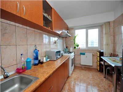 Drumul Taberei apartament 3 camere 2 bai bloc 1980
