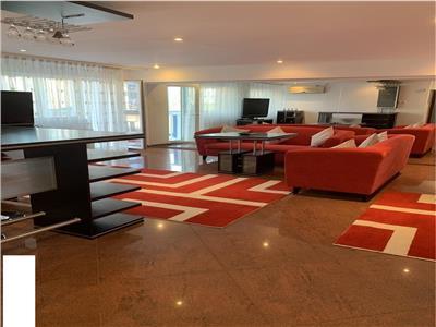 Inchiriere apartament 3 camere impecabil Strada Sibiu