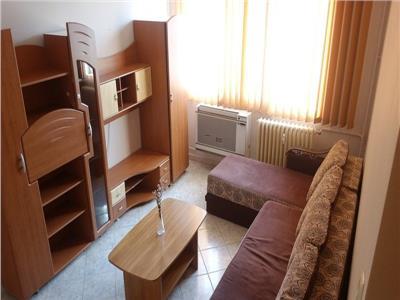 Apartament 3 camere langa Parc Moghioros