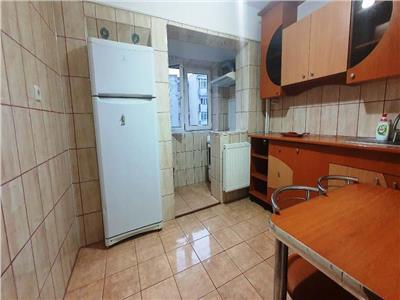 Inchiriere apartament 2 camere decomandat, metrou Piata Sudului