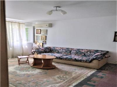 Apartament 3 camere, et 1, metrou Dristor