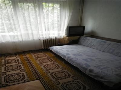 Apartament 4 camere decomandat Drumul Taberei / Targu Neamt