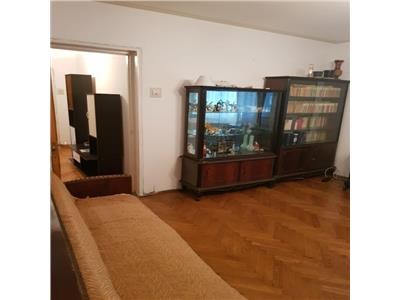 Inchiriere apartament 3 camere Drumul Taberei
