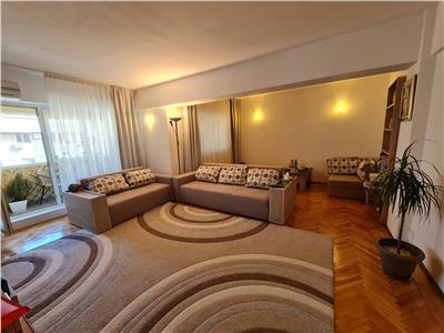 Inchiriere apartament 3 camere, modern,in Ploiesti, zona Ultracentrala