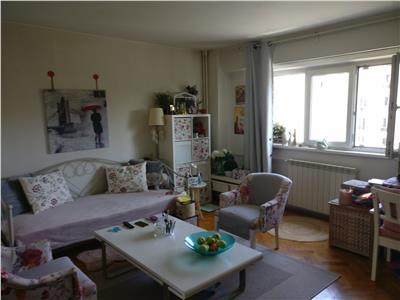 Vanzare apartament 2 camere decomandat etaj 4 59 mp Camera de Comert