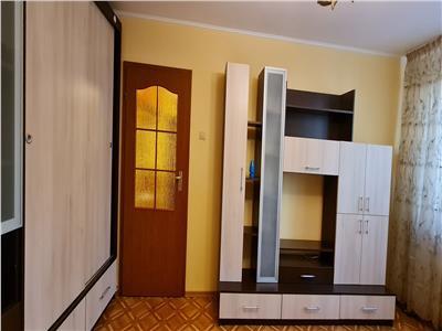 Inchiriere apartament 3 camere ingrijit Metrou Raul Doamnei