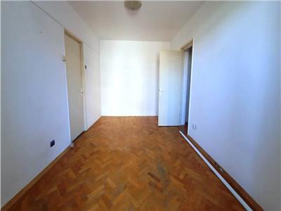 Inchiriere apartament 2 camere nemobilat Unirii-Corneliu Coposu