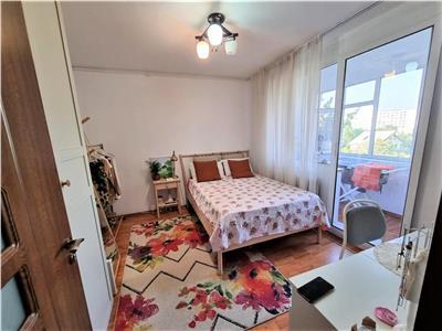 Vanzare apartament 4 camere Titan la 2 minute de Iris Shopping Center