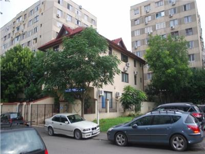 Vanzare Casa D+P+2E   Curte - Parcare    Berceni - Aparatorii Patriei