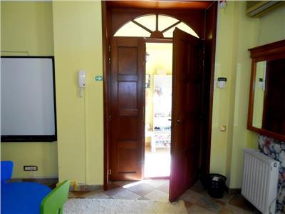 Vila complet utilata/functionala gradinita/after school Parcul Carol