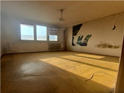 Dr Taberei  Valea Ialomitei de vanzare apartament 3 camere decomandat