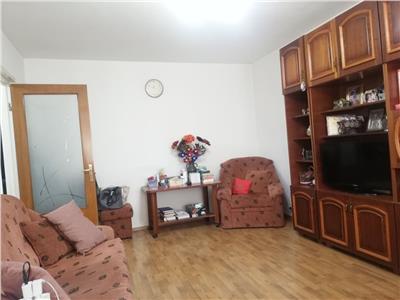 Apartament 3 camere, etaj 3/4, Titan - Baba Novac