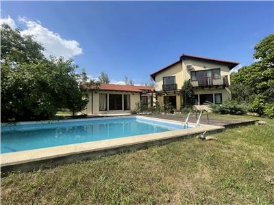 Casa premium cu piscina, teren 1470 mp, complex high-class privat