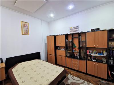 Comision 0% ! Apartament 4 camere Unirii - Cosbuc, 2 bai, balcon mare