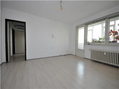 Vanzare apartament 3 camere Drumul Taberei zona AFI
