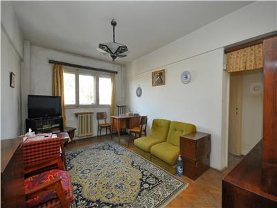 Vanzare apartament 3 camere Calea Victoriei