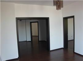 Inchiriere apartament 4 camere in vila  unirii mantuleasa ultracentral
