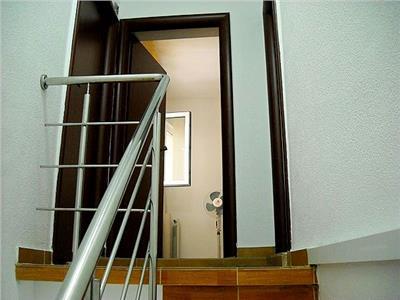 Imobil 6 camere perfect pentru birouri piata alba iulia / dudesti