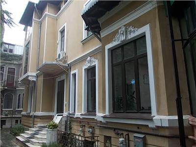 Imobil Armeneasca  stare si structura excelenta, pretabil firma