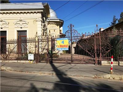 Imobil de inchiriat in Ploiesti, zona  ultracentrala, vad comercial