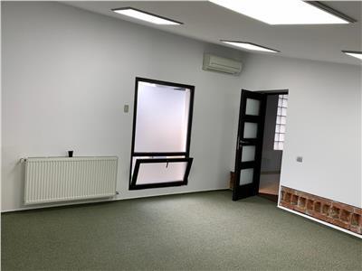 Imobil P+M ideal pentru birouri/cabinete B-DUL UNIRII / TRAIAN