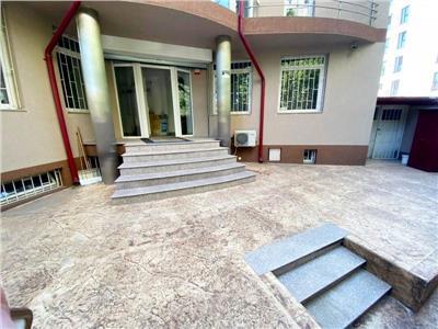 Imobil stradal / vila perfecta pentru sediu firma Banu Manta/Primarie
