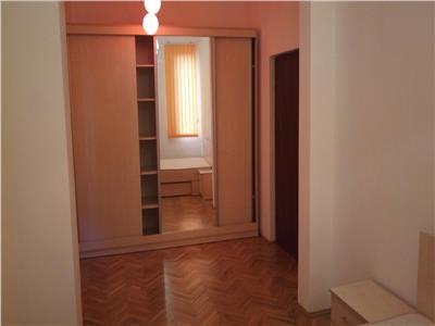 Inchirere apartament 5 camere in vila, Mosilor