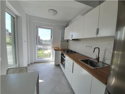 Inchiriere apartament 2 camere bloc nou, Ploiesti, zona Albert