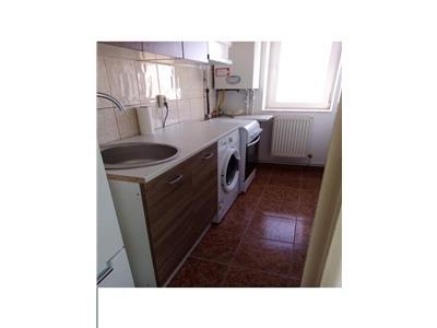 Inchiriere apartament 3 camere central Targoviste