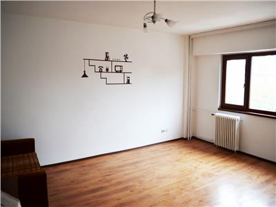 Inchiriere apartament 2 camere, decomandat, zona Gh. Doja, Ploiesti