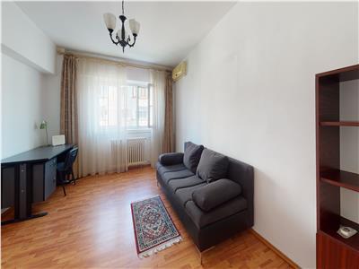 Inchiriere apartament 2 camere decomandat zona Panduri
