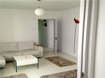 Inchiriere apartament 2 camere deosebit mobilat modern piata romana