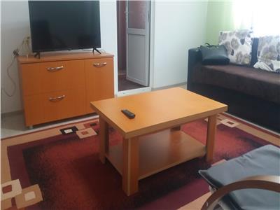 Inchiriere apartament 2 camere ,etaj 1,micro 4