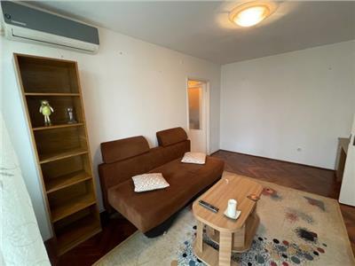 Inchiriere apartament 2 camere, in Ploiesti, zona Muzicanti