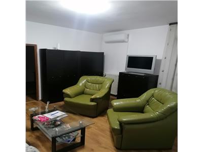 Inchiriere apartament 2 camere, in Ploiesti, zona Ultracentrala