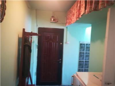 Inchiriere apartament 2 camere,micro 11
