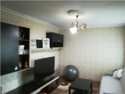 Inchiriere apartament 2 camere, micro 12