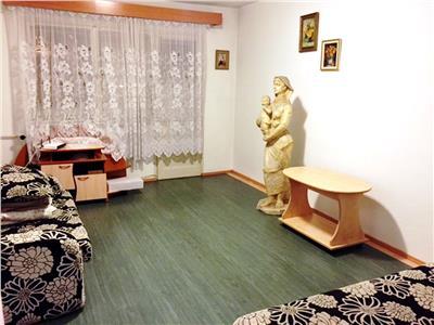 Inchiriere apartament 2 camere, Ploiesti, zona Bobalna