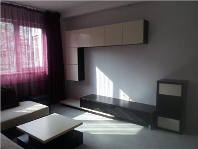 Inchiriere apartament 2 camere, renovat, ploiesti, zona vest