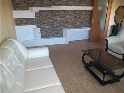 Inchiriere apartament 2 camere semidecomandat micro 11