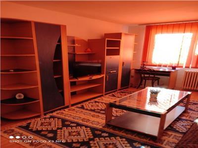 Inchiriere apartament 2 camere Teiul Doamnei