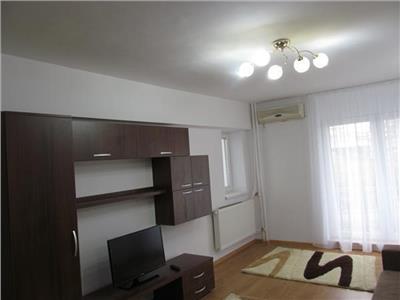 Inchiriere apartament 2 camere ultracentral piata Unirii