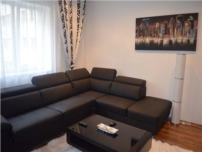 Inchiriere apartament 2 camere, Vitan - Rin Grand Hotel