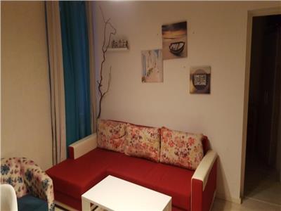 Inchiriere apartament 3 camere  65 mp universitate 380 euro