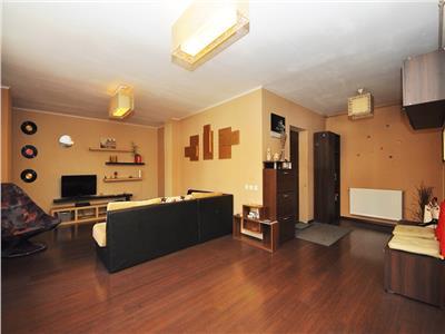 Inchiriere apartament 3 camere 104 mp Drumul Taberei Cartierul Latin